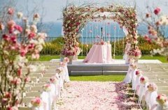 猪年出生的人认为结婚是的要求是喜欢还是合适?