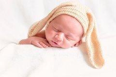 2022年出生在1月11日的女宝宝五行缺什么,名字有什么推荐?